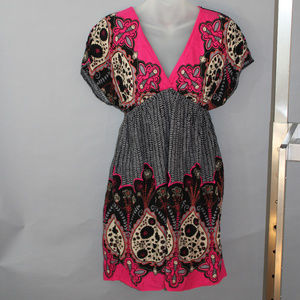 Boho style dress, vee neck, reds, blacks, grays, M